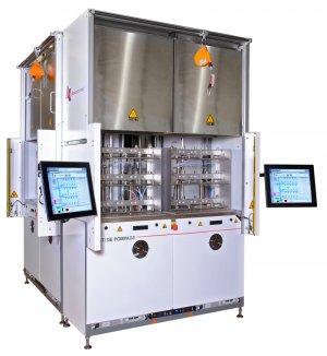 Cryostats' degassing heat chambers
