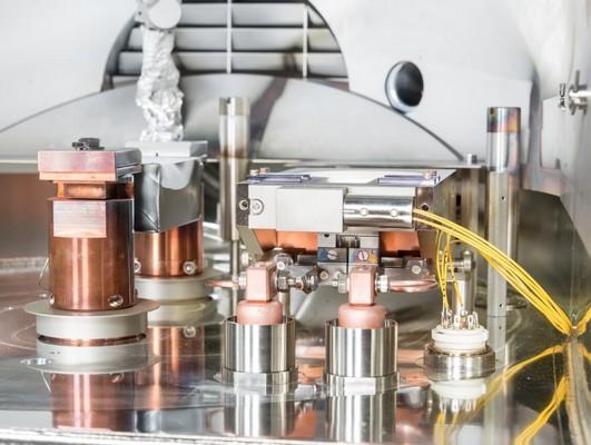 équipement de dépôt de couches minces pour l'optique